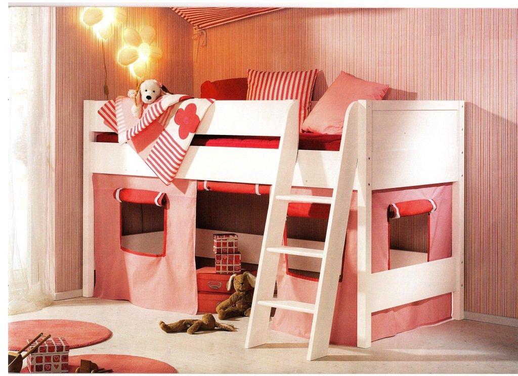 Шторка для кровати чердака